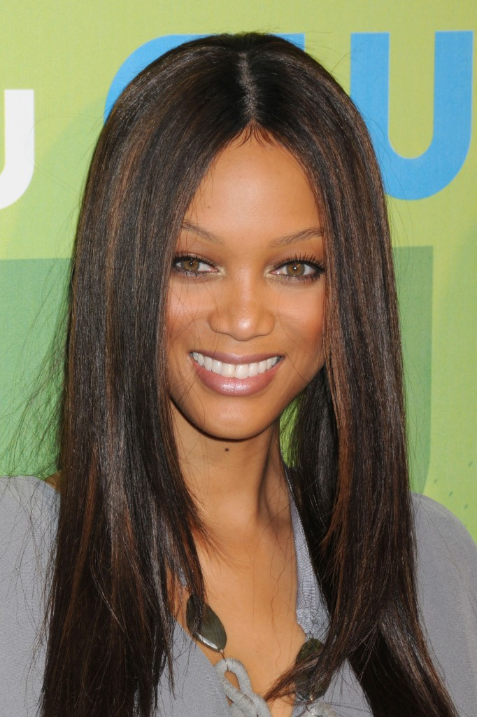straight hairstyles with bangs photo - 7