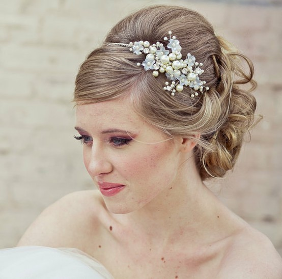 wedding hairstyles for thin hair photo - 9